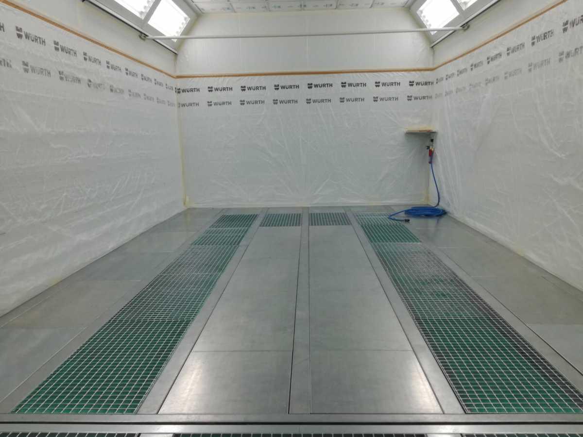 interior cabina pintura drivim badalona