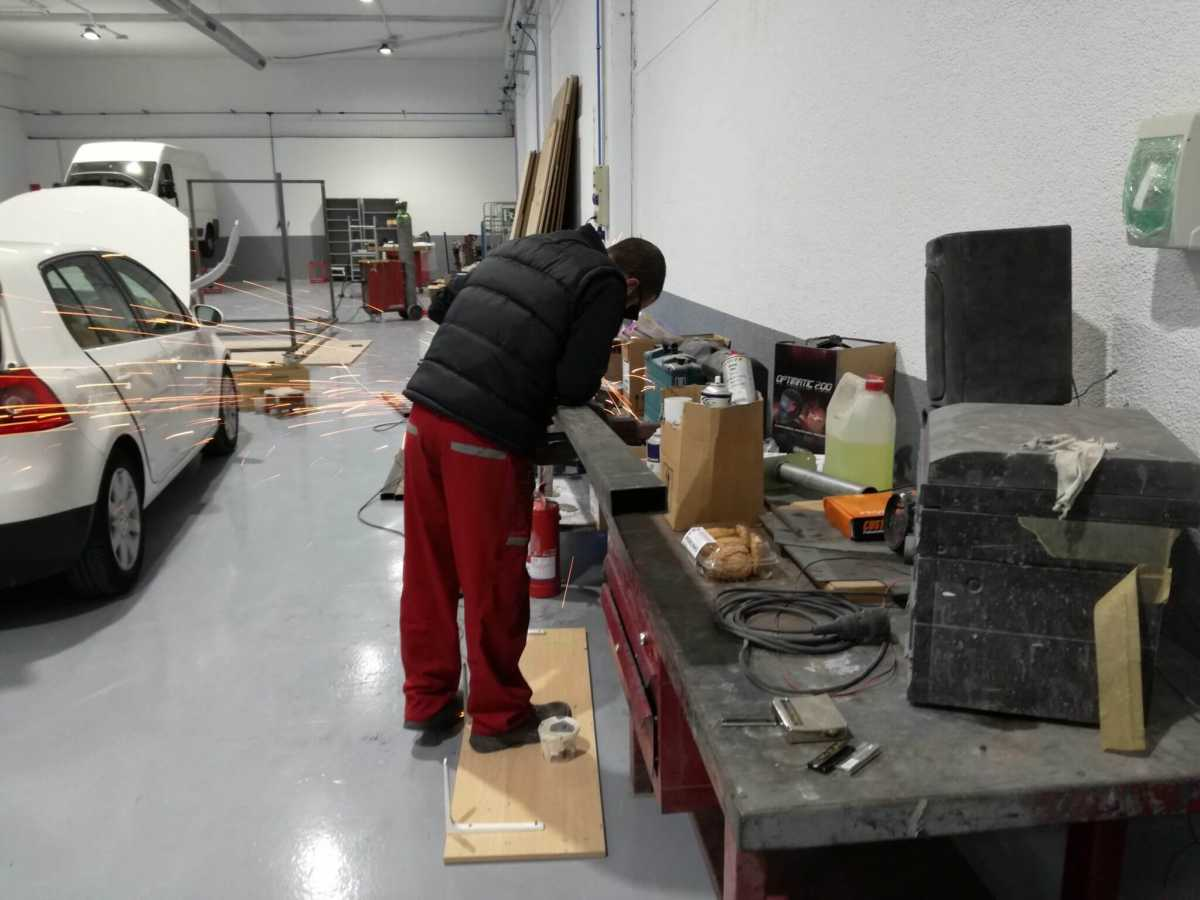 soldador plancha y pintura