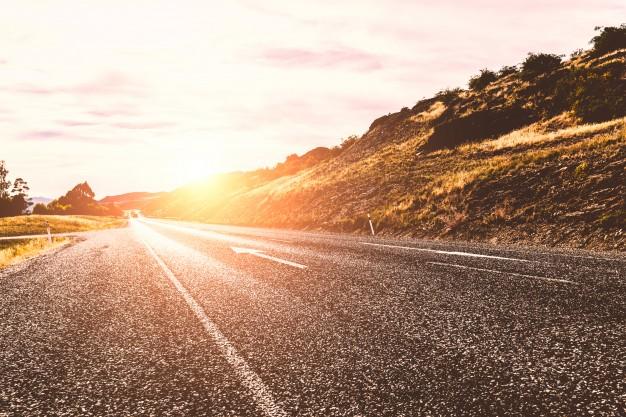 como evitar deslumbramientos en la carretera
